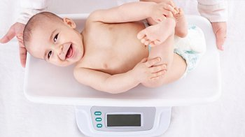 Изображение для статьи — Какие эталоны веса и роста сейчас существуют для грудничков?